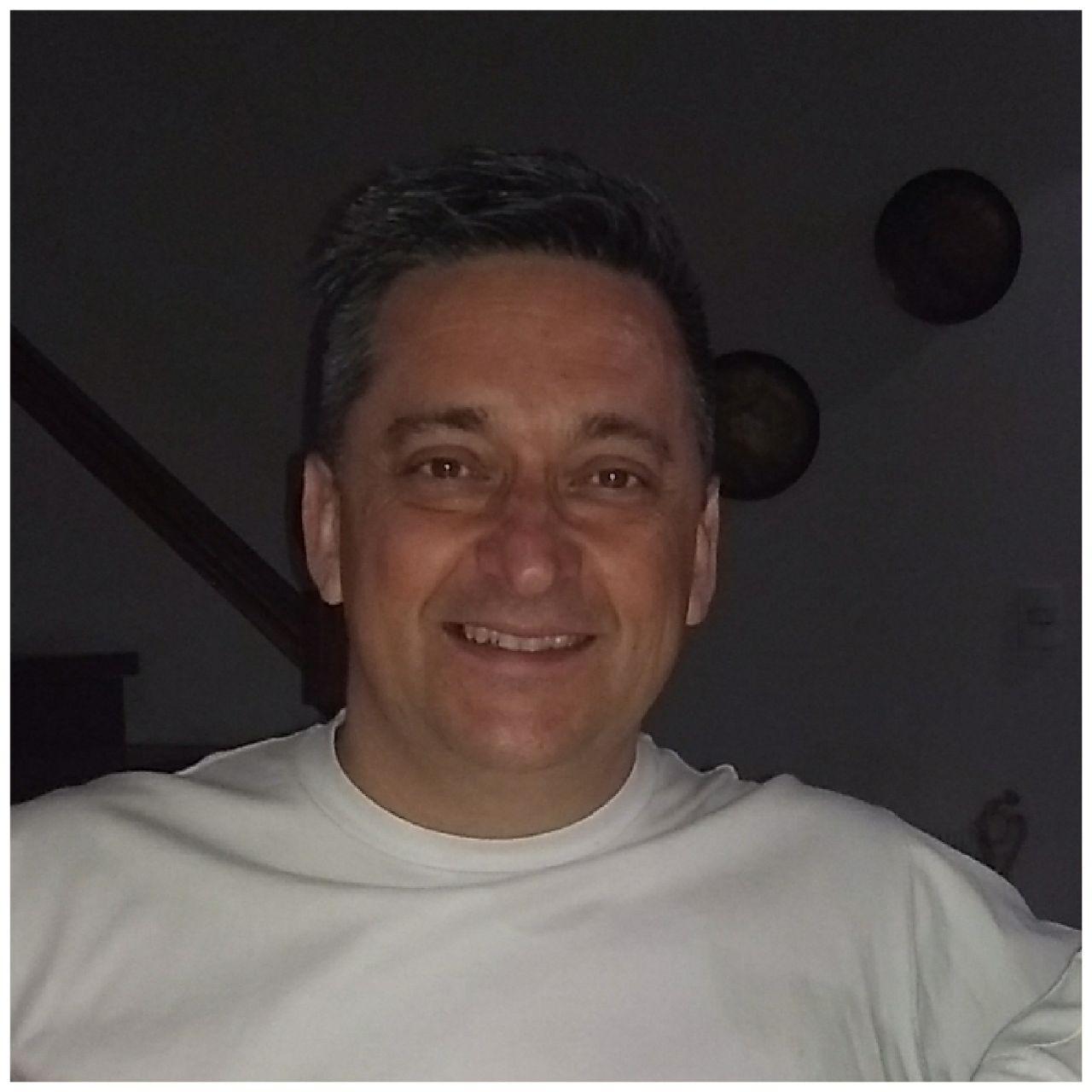 Luis Escudero